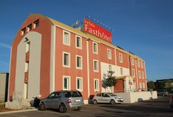 relais fasthotel Aimargues